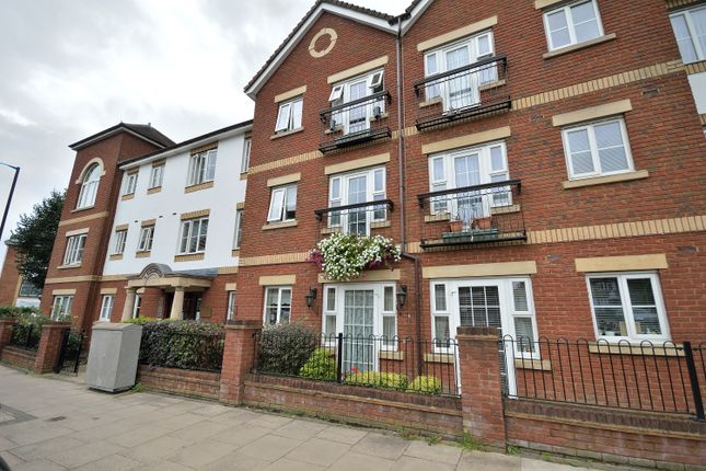 1 bed flat for sale in Pegasus Court, Winchmore Hill N21