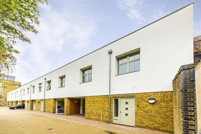 Thumbnail Property for sale in Pickle Mews, London