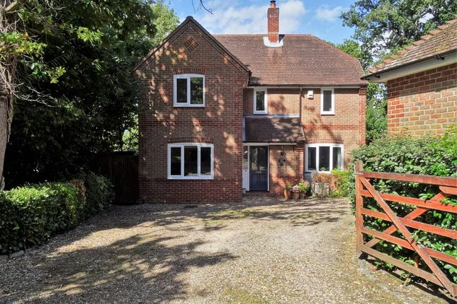 Thumbnail Detached house for sale in Fairview Close, Hythe, Southampton