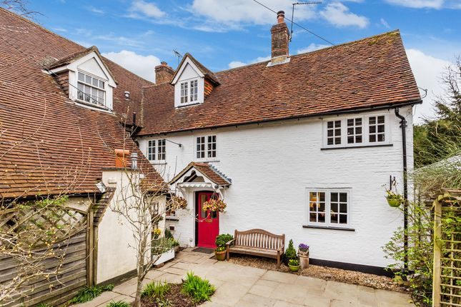 Thumbnail Cottage to rent in London Road, Holybourne, Alton