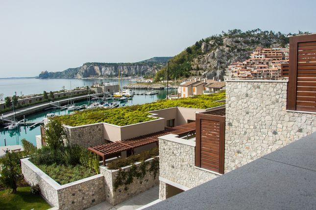 Thumbnail Apartment for sale in Sistiana, Duino-Aurisina, Italy