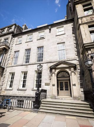 Serviced office to let in George Street, Edinburgh