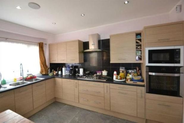 Thumbnail Property to rent in Eastern Avenue, Ilford