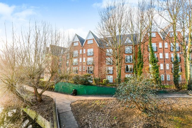Thumbnail Flat for sale in Prebend Street, Bedford