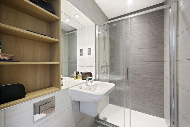 Bathroom of Brixton Road, London SW9