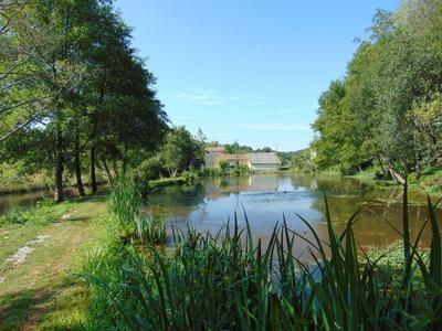Thumbnail Property for sale in Maisonnais-Sur-Tardoire, Haute-Vienne, France