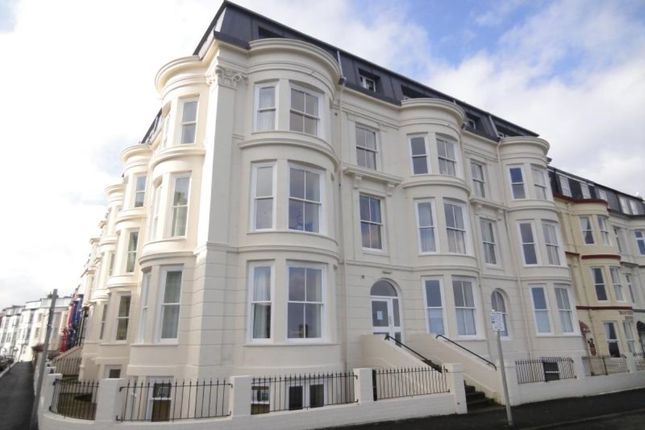 Thumbnail Flat to rent in Blenheim Terrace Queens Parade, Scarborough