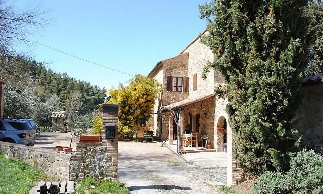 5 bed property for sale in Siena Si, Italy