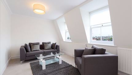 2 bed flat to rent in Lexham Gardens, High Street Kensington