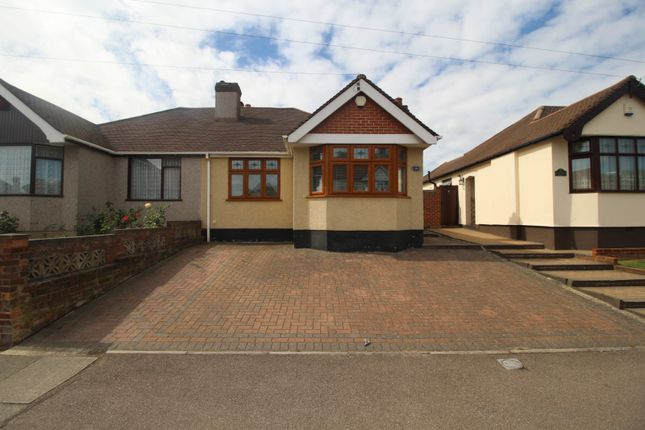 Thumbnail Bungalow for sale in Wentworth Drive, Dartford