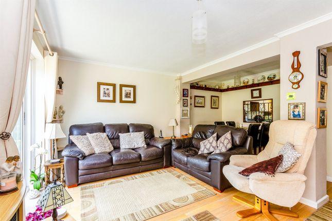 Thumbnail Semi-detached house for sale in Pealsham Gardens, Fordingbridge