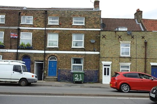 Thumbnail Flat for sale in Lynn Road, Wisbech