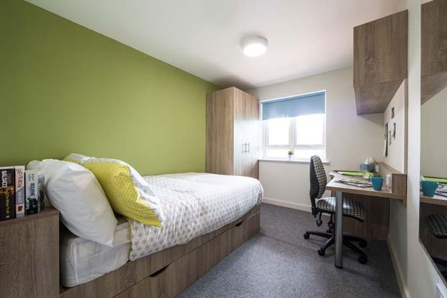 Thumbnail Room to rent in Sturge Close (Off Elliott Rd), Birmingham, Birmingham