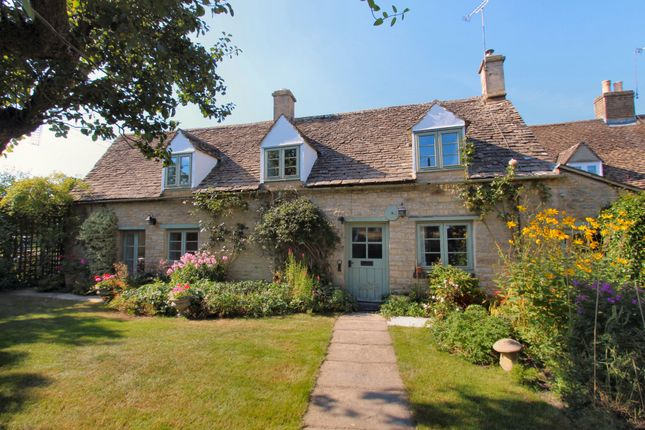 Thumbnail Cottage to rent in Evenlode Road, Broadwell, Moreton-In-Marsh