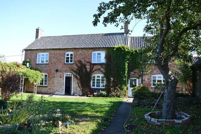 Thumbnail Cottage to rent in Woolsthorpe Lane, Muston, Nottingham
