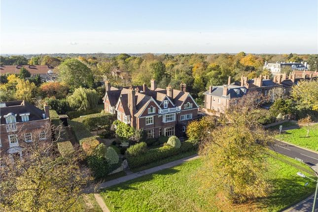 Thumbnail Detached house for sale in West Side Common, Wimbledon