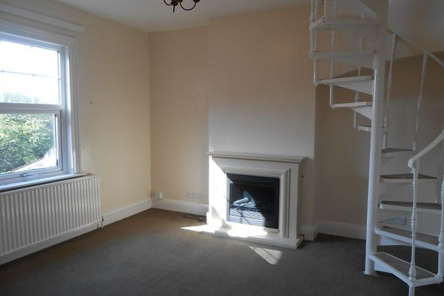 2 bed flat to rent in Victoria Avenue, Evesham WR11