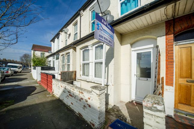Thumbnail Terraced house for sale in St. Peters Avenue, Edmonton