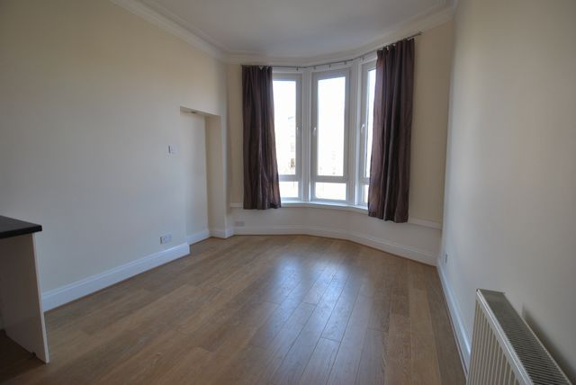 Thumbnail Flat to rent in Torrisdale Street, Queens Park, Glasgow, Lanarkshire G42,
