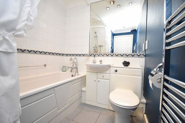 Photo 10 of Milton Way, Houghton Regis, Dunstable LU5