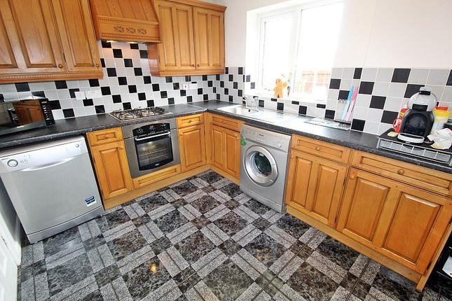 Kitchen of Stryd Silurian, Llanharry, Pontyclun, Rhondda, Cynon, Taff. CF72
