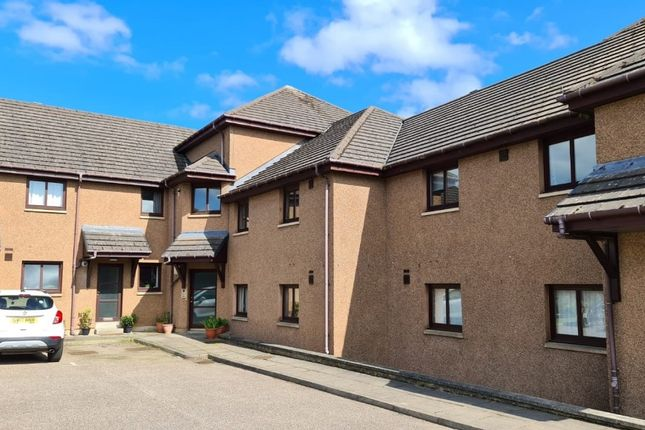 2 bed flat to rent in South Park Court, Elgin, Moray IV30