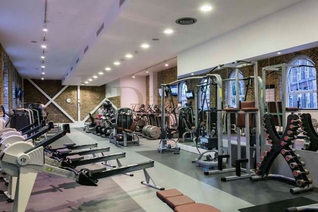 24Hr Gym of Plumstead Road, London SE18