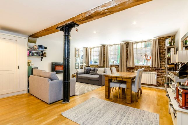 Thumbnail Flat for sale in Maidstone Buildings Mews, Borough