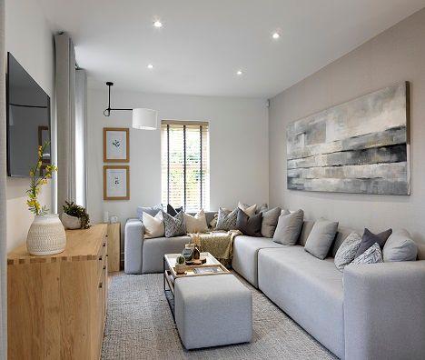 4 bedroom detached house for sale in Grafton Road, Brizlincote