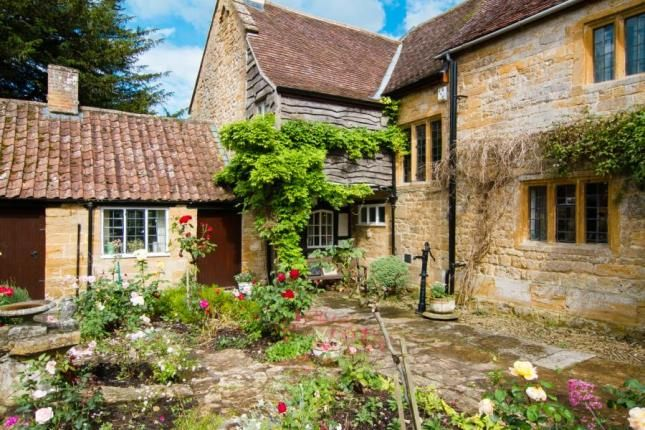 Property For Sale In South Street South Petherton