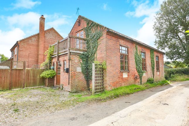 Thumbnail Cottage for sale in Chapel Lane, Hockering, Dereham