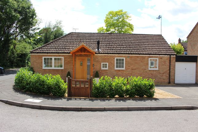 Thumbnail Detached bungalow for sale in St Marys Walk, Fowlmere, Royston
