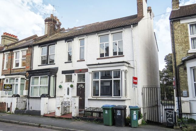 4 bed end terrace house for sale in Gladstone Road, Watford