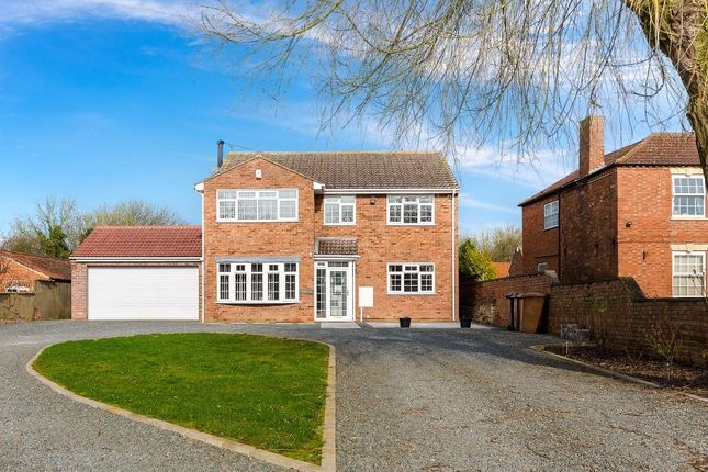 Thumbnail Detached house for sale in Hillside, Beckingham, Lincoln, Lincolnshire