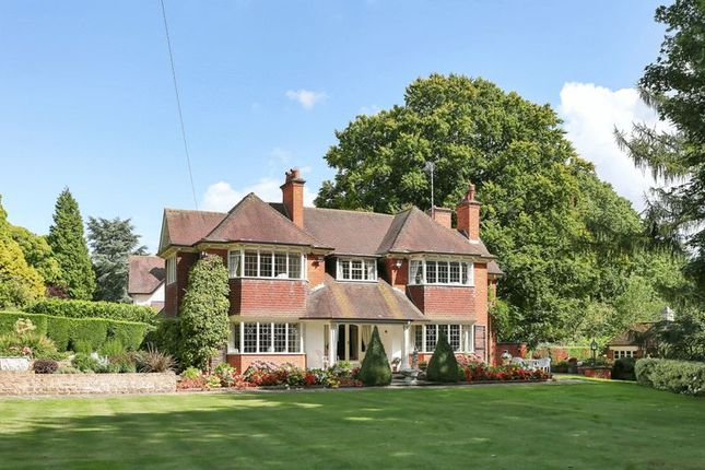 Thumbnail Detached house for sale in The Ridgeway, Rothley, Leicester