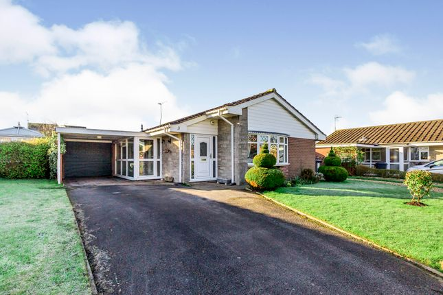 2 bed bungalow for sale in Coniston Drive, Holmes Chapel, Crewe, Cheshire CW4