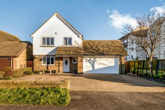 Thumbnail Detached house for sale in The Saltings, Littlestone, New Romney