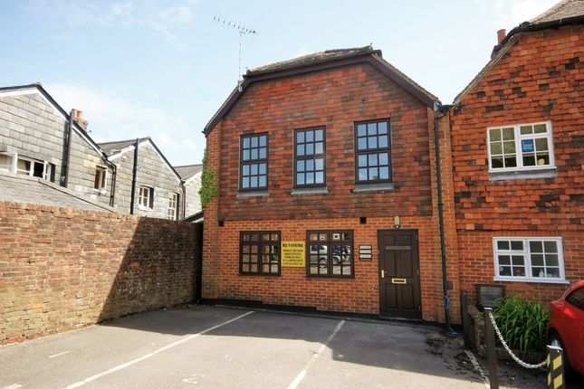Thumbnail Flat to rent in Cross & Pillory, Lady Place, Alton