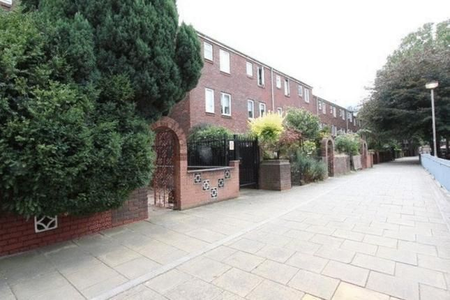Thumbnail Town house to rent in Monthope Road, Brick Lane/Aldgate East