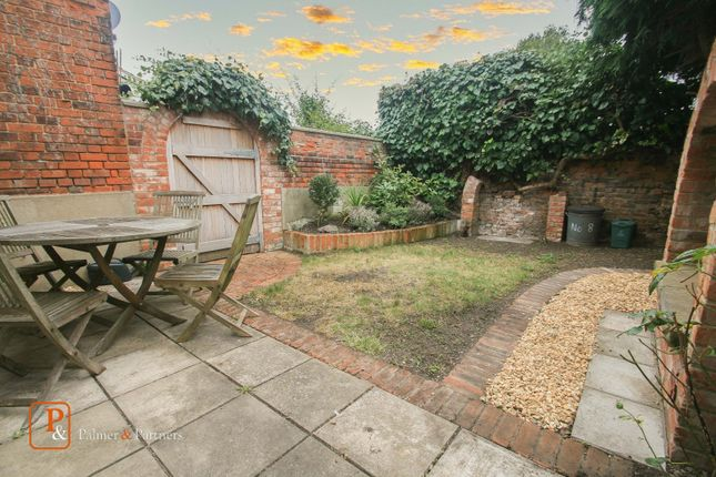 Thumbnail Terraced house to rent in Queens Road, Wivenhoe, Essex