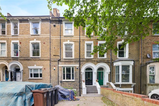 2 bed flat for sale in Amhurst Road, Hackney, London E8