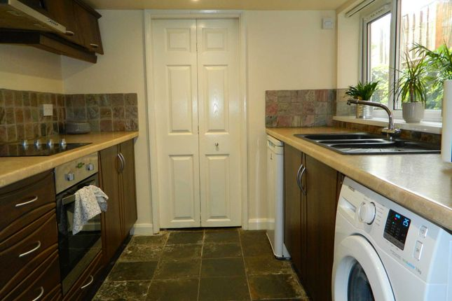 Thumbnail Flat to rent in One Bed Furnished Flat, Monks Road, Lincoln