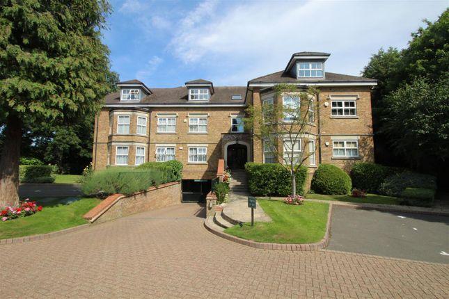 Thumbnail Flat to rent in Magpie Hall Road, Bushey Heath, Bushey