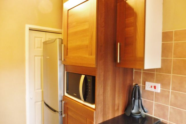 Kitchen of Loxley Avenue, Wombwell Barnsley S73