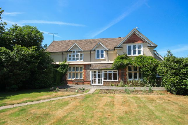 Thumbnail Property for sale in Lewes Road, East Grinstead