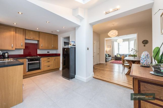 3 bed property for sale in Abdale Road, Shepherds Bush, London