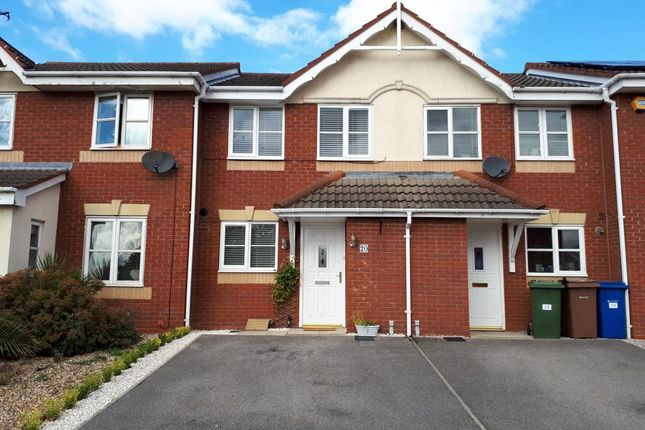 Thumbnail Terraced house to rent in Kestrel Close, Driffield