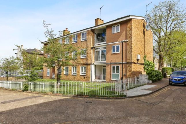 Thumbnail Flat to rent in Abingdon Close, Camden Square