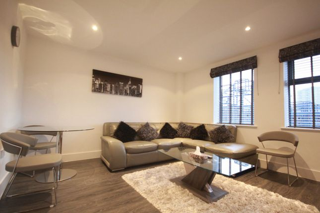 Thumbnail Flat to rent in Cordelia Street, London