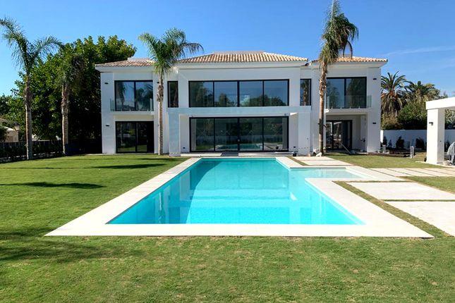 Thumbnail Villa for sale in Casasola, Guadalmina, Málaga, Andalusia, Spain